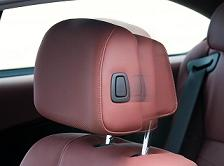 Bmw-screens-dvd-headrest