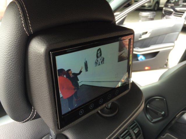Mercedes E Class rear dvd package (4)
