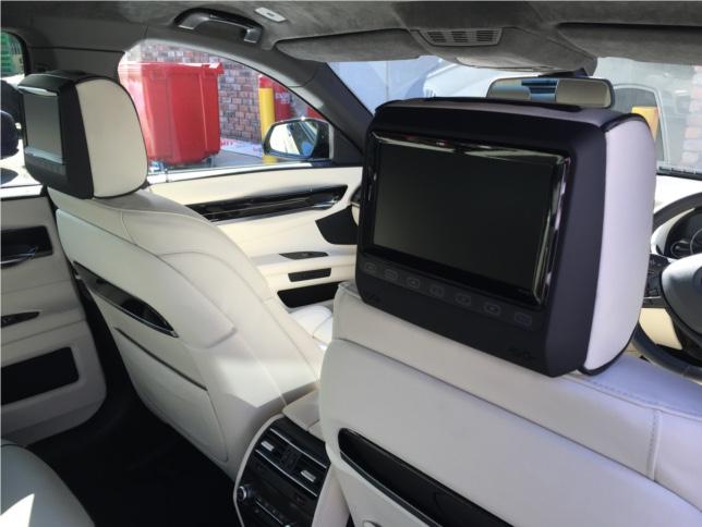 BMW 7 Series rear dvd package  (3)