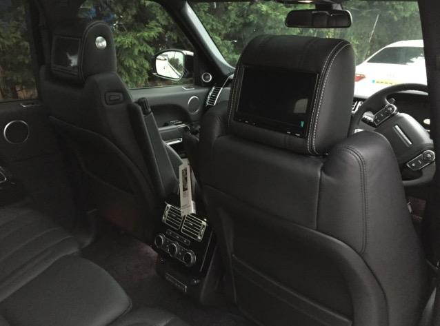 Range Rover Vogue Rear DVD Package (4)