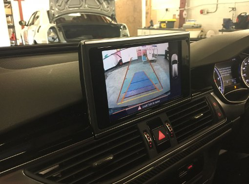 Audi RS6 Aftermarket reversing camera kit (4)