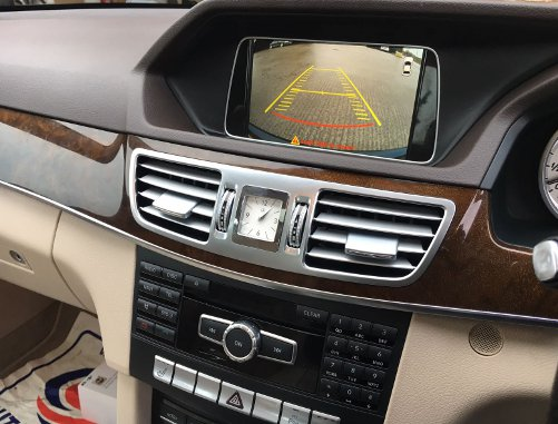 Mercedes E Class reversing camera aftermarket (4)