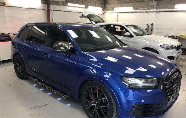 Audi Q7 Brabus style puddle lights